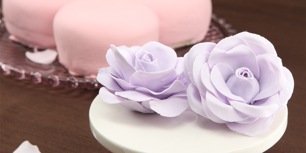 The Miracle of Gum Paste Flower Art