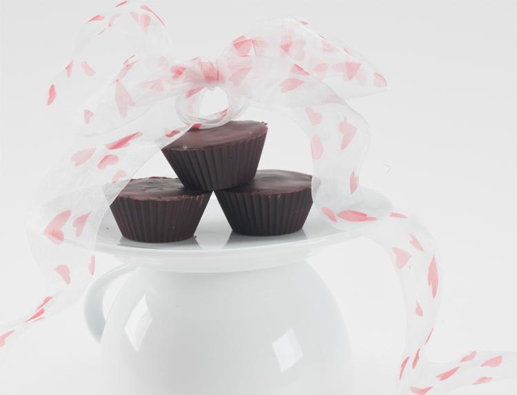 Mini Chocolate Rum Caramel Cups