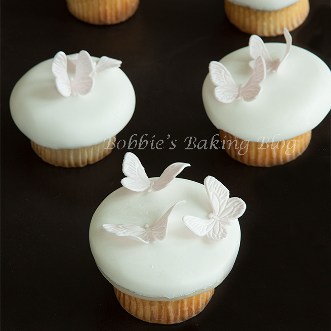 Butterfly Lavender Cupcakes, Two Kind of Techniques