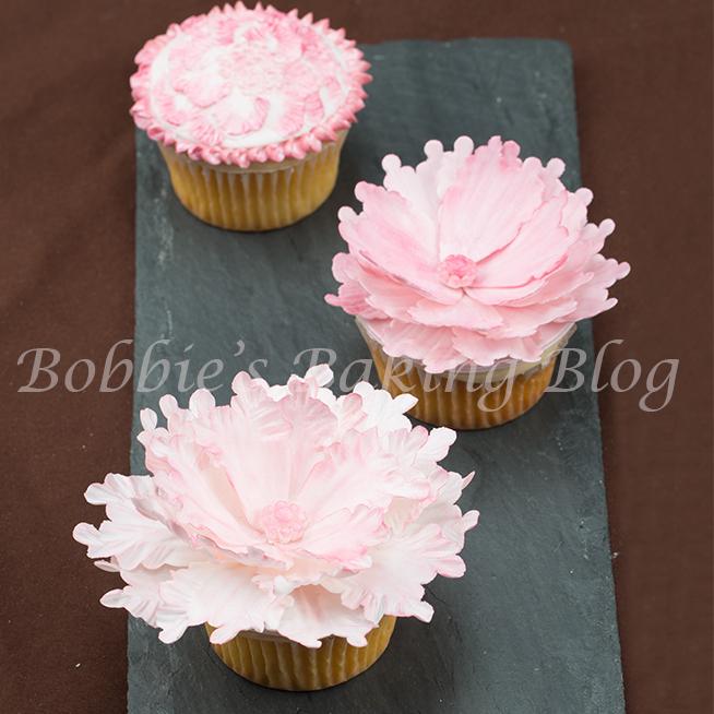 Create Sugar and Brush Embroidery Peony Cupcakes