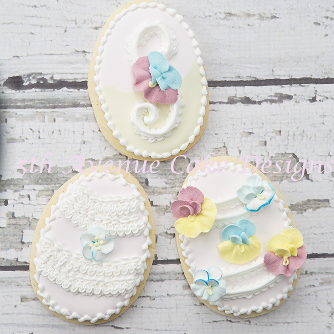 How to Decorate a Pansy Ruffle Cookie