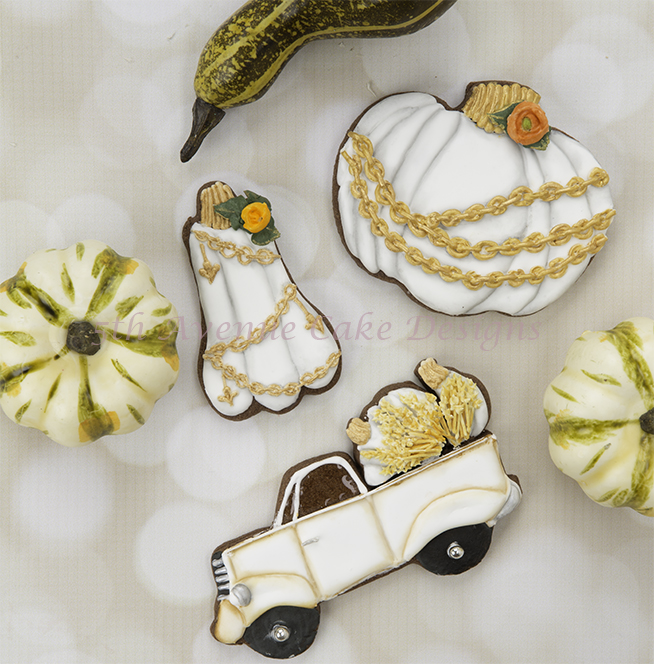 Decorated Vintage Pumpkin Cookies 🍊🍁🌻