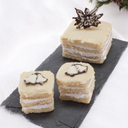 Winter Wonderland of Snowflake Petit Fours