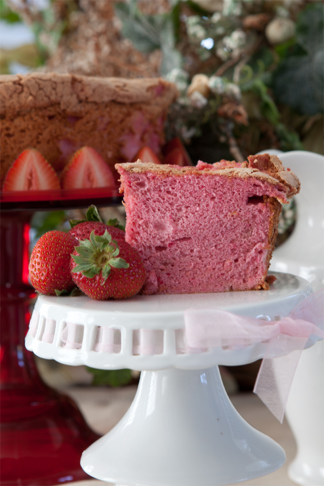Back school blues are pink with bobbies strawberry angel food cake voila forumfinder Gallery