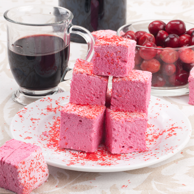 Cassis-Cherry Marshmallows, a New Flavor for a New Year