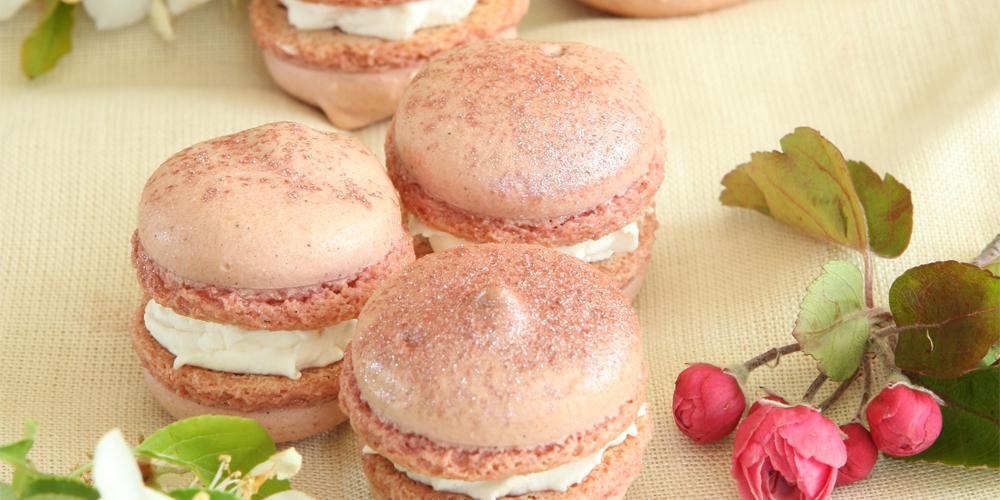 Cherry Blossom (Sakura) Macarons