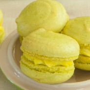 Key Lime Pie Macarons