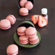 Strawberry-Blossom Macaron