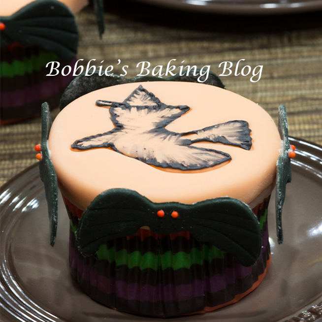 Bewitching Dulce de Leche, Brush Embroidered Cupcakes