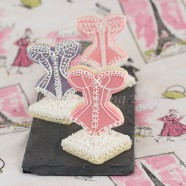 Romantic-Vintage Royal Icing and Fondant 3-D Sugar Cookies