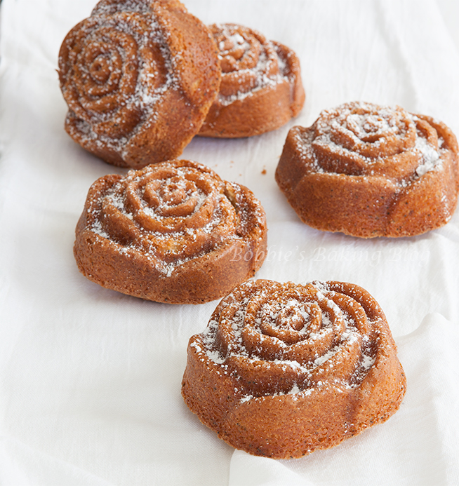 lemon poppy seed mini bundt cake recipe & tutorial
