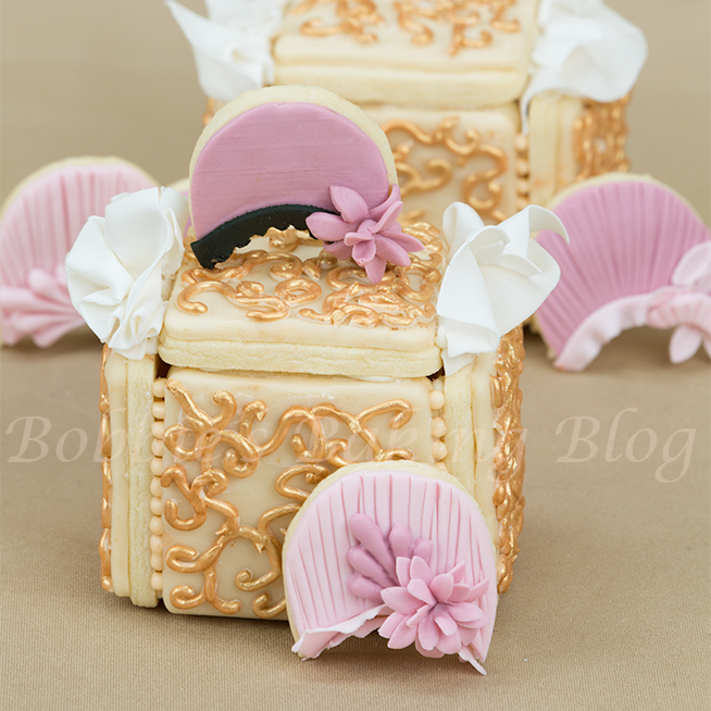 Royal icing filigree piping and sugar cookie box tutorial