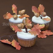Beautiful Autumn Leaves with Acorn Oak Tree Tutorial