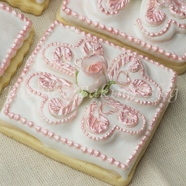 how to make a decorated tufted heart sugar cookie
