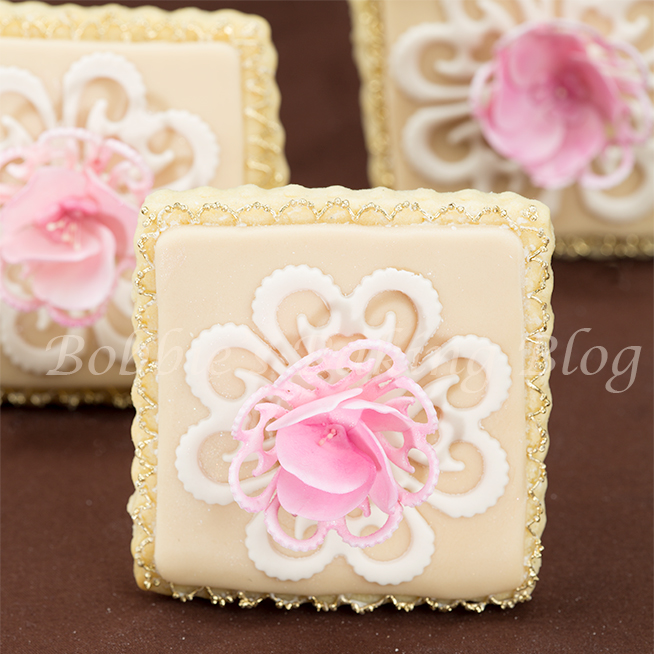 learn how to pipe royal icing lace