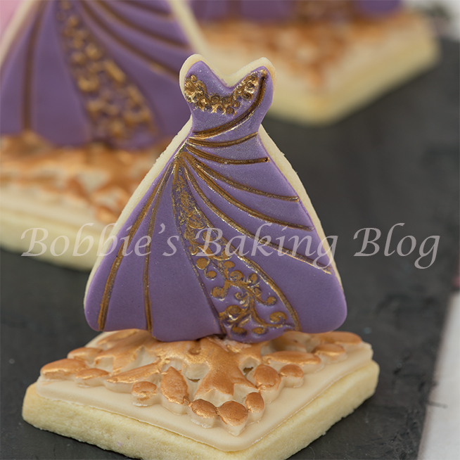 Fashion inspire fondant sugar cookie