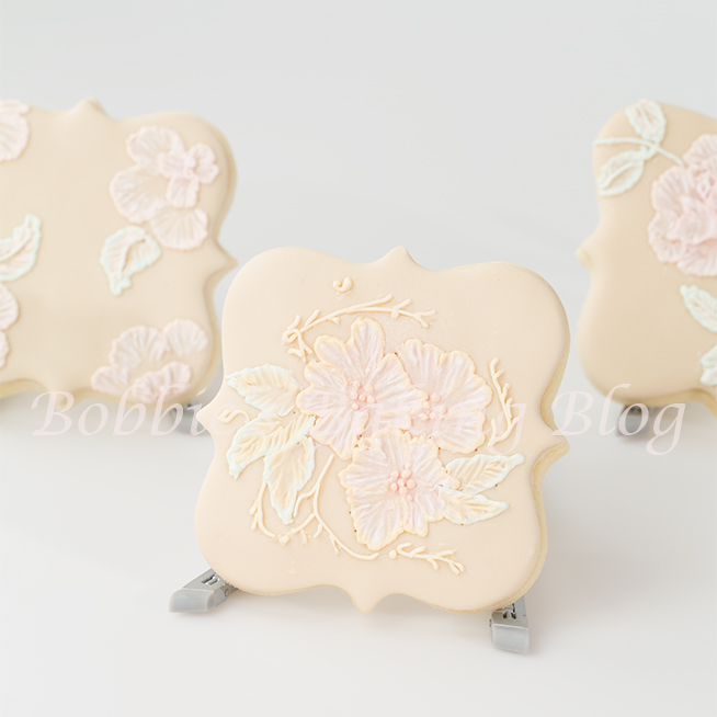 how to make victorian brush embroidery on a sugar cookie