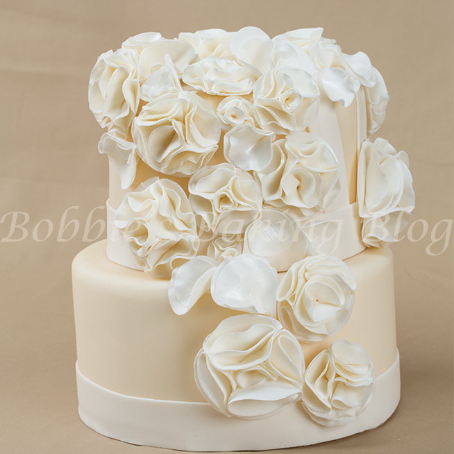 learn cake decorating methods with Chef Bobbie
