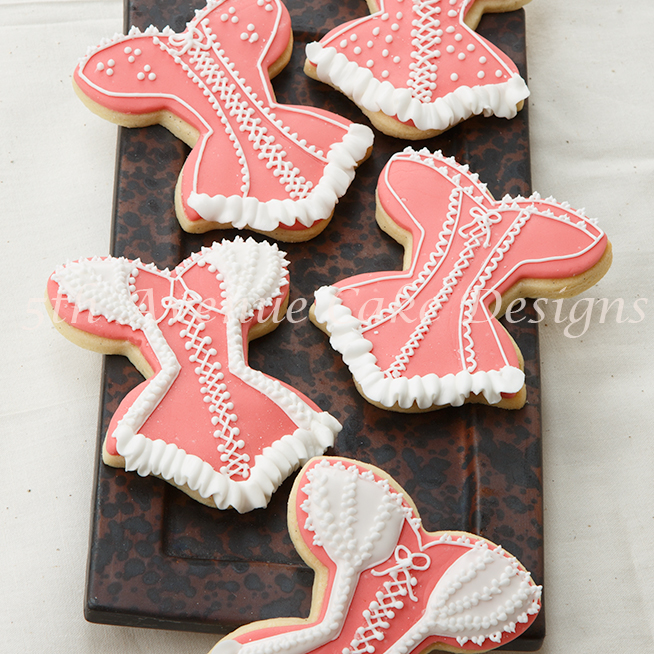 Learn royal icing lace