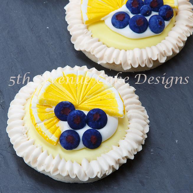 Lemon Meringue Cookies with Royal Icing blueberries and lemon slices tutorial!