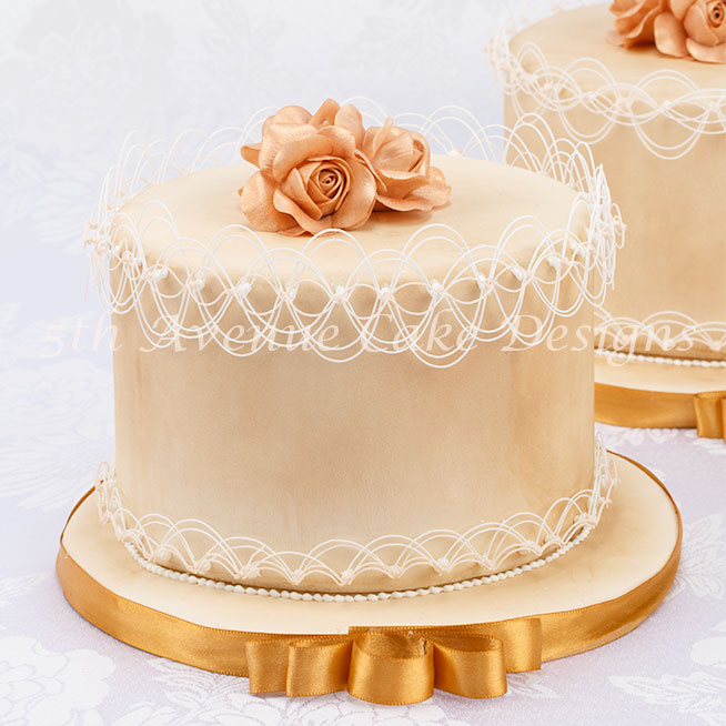Learn How to Pipe Royal Icing Oriental String-Work