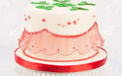 Bridgeless String-Work Holiday Cake