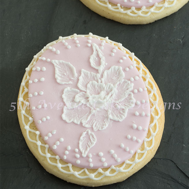 Royal Icing Brush Embroidery with Elegant Border